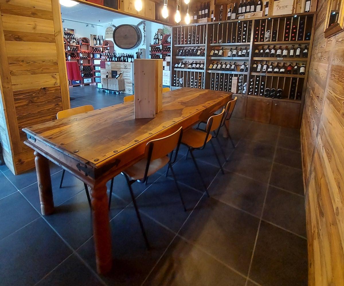 vins de Sicile et d ailleurs entrée du magasin3